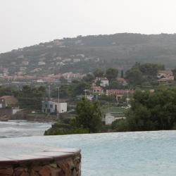 Le spa s'écoule dans la méditerranée